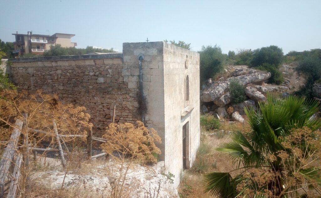 Lizzano cripta rupestre Puglia Annunziata pittura bizantina