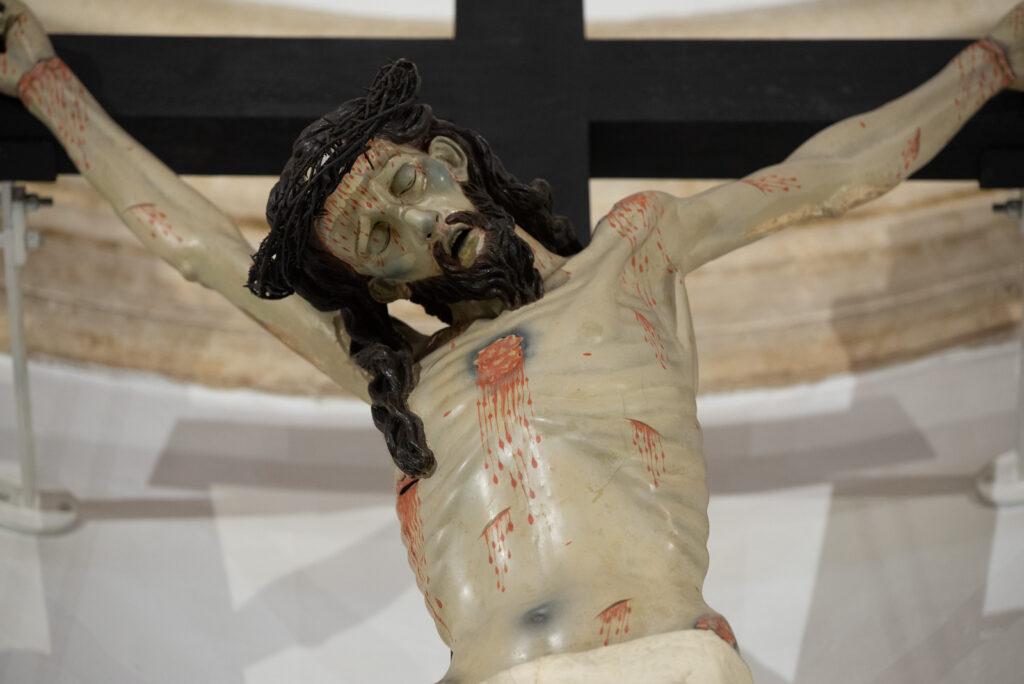 crocifisso ostuni chiesa del carmine scultura Puglia